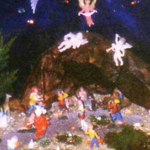 Christmas crib and Nativity scene pictures of the year 2000